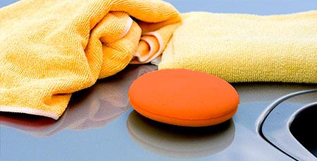 Какие салфетки для мытья машин лучше из микрофибры или из замши?